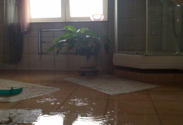 Затопление ванной комнаты